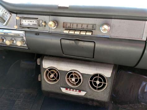 ford custom   door sedan classic  ford custom