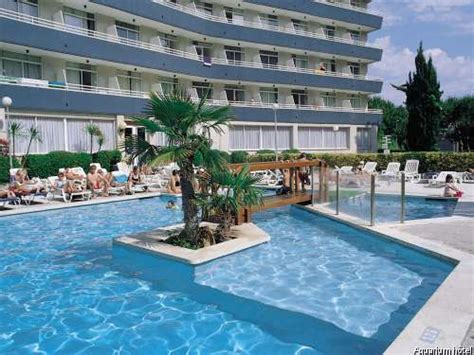 hotel aquarium spa 4 lloret mar costa brava espagne avec voyages leclerc fram ref 11837