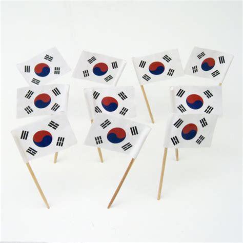 south korean flag toothpicks  korea theme party