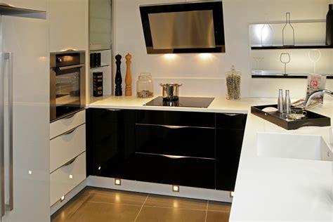 meuble haut cuisine noir laque valdiz