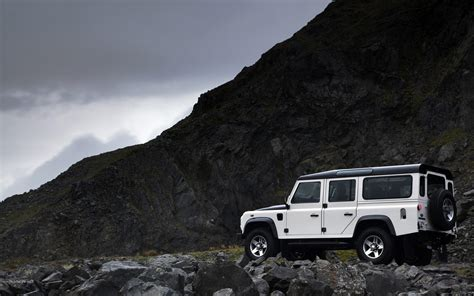 Land Rover Wallpapers by Land Rover Defender Wallpapers And Background Images