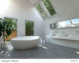 Freistehende Badewanne An Der Wand : freistehende badewannen sind der aktuelle favorit im bad ~ Bigdaddyawards.com Haus und Dekorationen