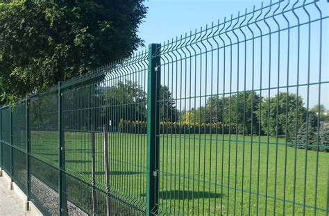 high quality outdoor pvc coated  wire mesh fence welded