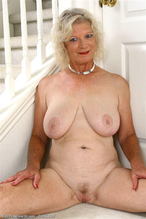 Nude Granny Videos Xxx Porn Library