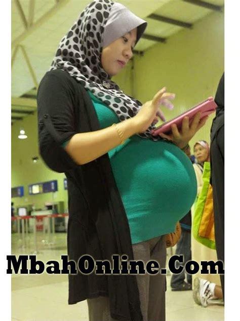 foto ibu hamil  bulan hubungan