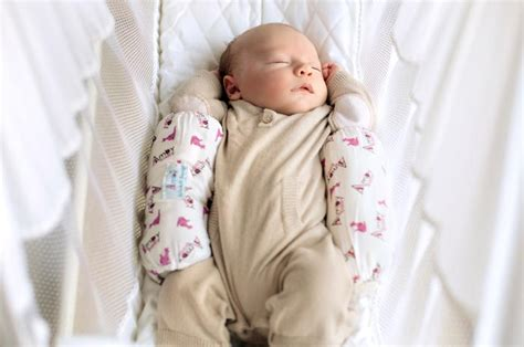 Natures Nest Baby Hammock by The World S Most Trusted Motion Bed Amby Baby Hammocks