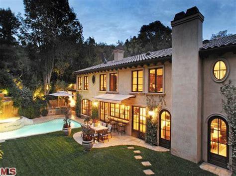 Kim Kardashian Sells Beverly Hills Home