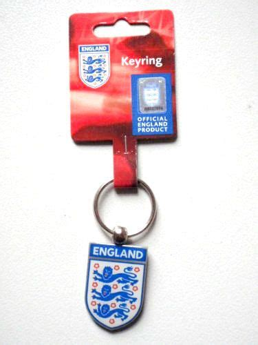 England - Three Lions Crest - Enamel Front Metal Keyring ...