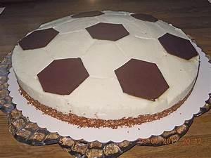Fußball Torte Rezept : fu balltorte von caremma ~ Lizthompson.info Haus und Dekorationen