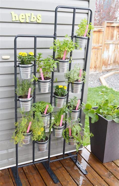 diy herb garden  garden markers momadvice