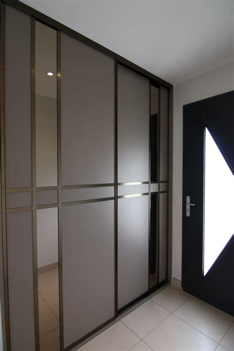 amenagement placard chambre porte de placard entree
