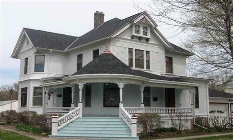 small farmhouse plans wrap  porch ideas awesome
