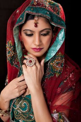 pictures  indian wedding dresses lovetoknow