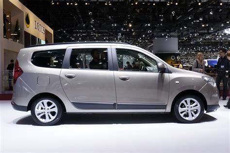 dacia lodgy minivan conceptually sported  carscoops