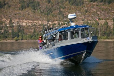 Kingfisher Offshore Boats by Research 2013 Kingfisher Boats 2725 Offshore On Iboats