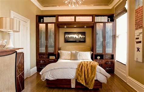 Small Master Bedroom Ideas by Decorating A Tiny Master Bedroom Small Master