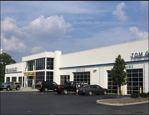 tom gill chevrolet car dealership in florence ky 41042 retail