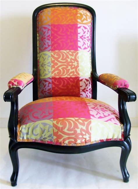 tissu pour recouvrir un canap tissu pour recouvrir fauteuil voltaire 28 images 17