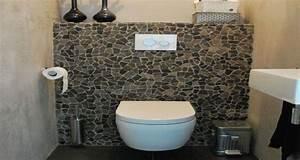 Le carrelage wc se met a la couleur pour faire la deco for Carrelage pour wc