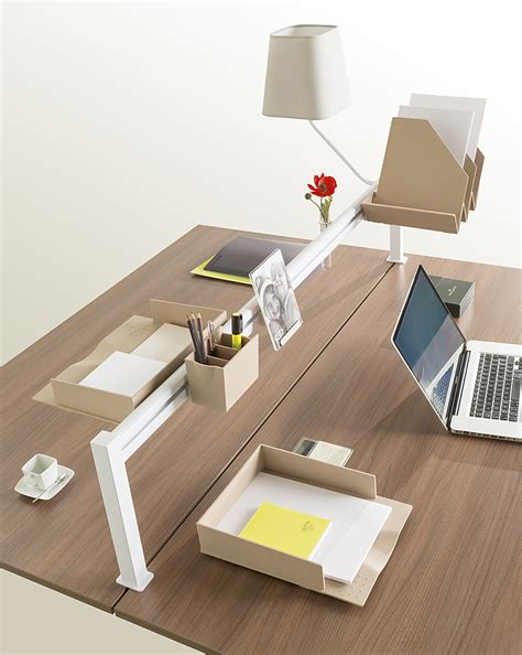 accessoire de bureau original accessoires de bureaux design originaux ubia mobilier bureau