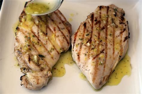 broiled boneless chicken breast grilled boneless chicken breast