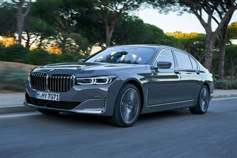 New Bmw 7 Series by New Bmw 7 Series Facelift 2019 Review Auto Express