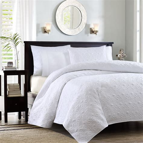 White Coverlet Set by Best White Bedding Sets Ease Bedding With Style