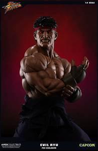 Street Fighter V Evil Ryu Statue and Evolution Statue Set ...  Evil