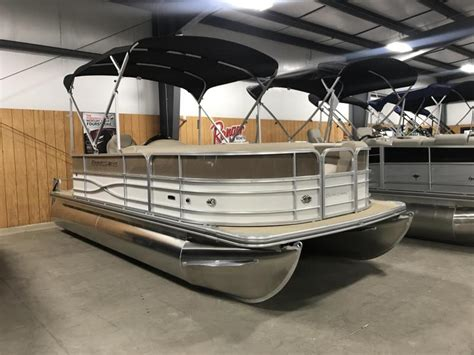Pontoon Boats For Sale Evansville Indiana by Pontoon New And Used Boats For Sale In Indiana