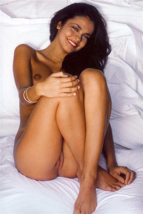 Nackt Marilou Morales  Marilou Aussilloux: