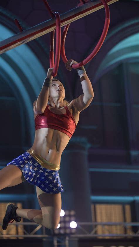 supergirl stuntwoman kills   american ninja warrior