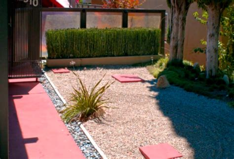 Simple Backyard Landscape Designs - green simple landscaping ideas using mulch for front yard