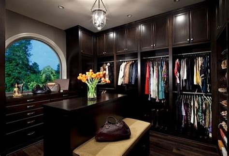 Rich Closet by 9 Gorgeous Closets That Show The Glam Side Of Organization