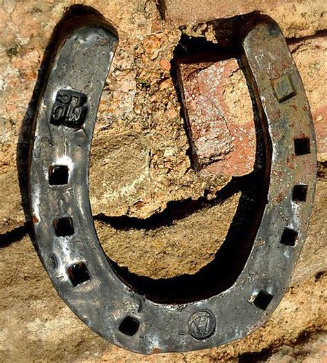 fer a cheval porte bonheur fer 224 cheval porte bonheur mythe ou r 233 alit 233
