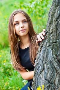 Schönes 10 Jähriges Mädchen : portr t eines sch nes m dchen teen stockfoto genika 12911111 ~ Yasmunasinghe.com Haus und Dekorationen