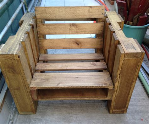Furniture Made With Pallets by Pallet Chair