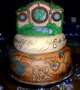 Herr Der Ringe Torte : minus the hobbit house this is incredible lord of the rings cake cakes pinterest herr der ~ Frokenaadalensverden.com Haus und Dekorationen