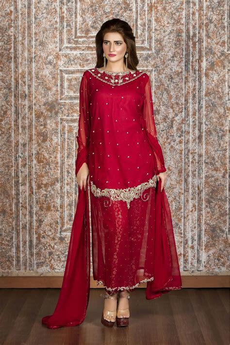 new year special party wear designer dresses online 2017 exclusive maroon party wear sas656 exclusive online
