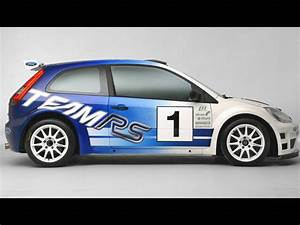 2006 Ford Focus RS WRC And Ford Fiesta JWRC Review - Top Speed