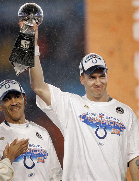Super Bowl Xli Peyton Manning Gets Ring In Colts 29 17