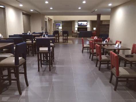 comfort inn suites omaha ne comfort suites west omaha updated 2017 prices hotel