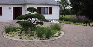 jardin moderne devant maison idee d amenagement exterieur With idee amenagement jardin devant maison