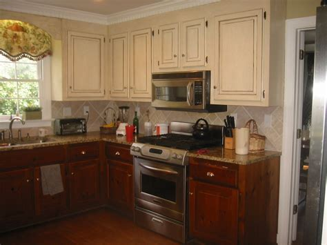 U Shaoed Distressed White Kitchen Cabinets Mixed Black