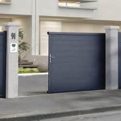 portail alu coulissant castorama portail en aluminium coulissant alpes gris castorama