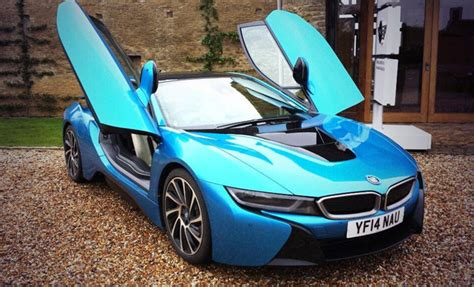 car door open up fast forward driving bmw s i8 in sports car