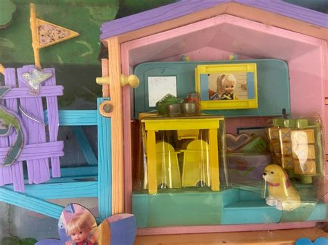 2,505,075 likes · 2,851,906 talking about this. Kelly Club Barbie Lots Of Secrets Clubhouse Playset ...