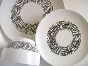 Tafelservice Modernes Design : tisch decken mit diy geschirr set freshouse ~ Michelbontemps.com Haus und Dekorationen