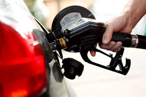 Us Cars And Trucks Hit Record Gas Mileage In 2012
