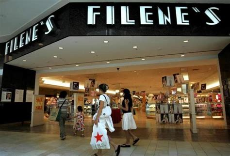 Filene's Basement To Return As Online Retailer  The. Mirror Wall Living Room. Famsa Living Room Sets. 50s Living Room. Light Living Room Colors. Accents Chairs Living Rooms. Beach House Living Room Pictures. Decorative Accents For Living Room. Eames Chair Living Room