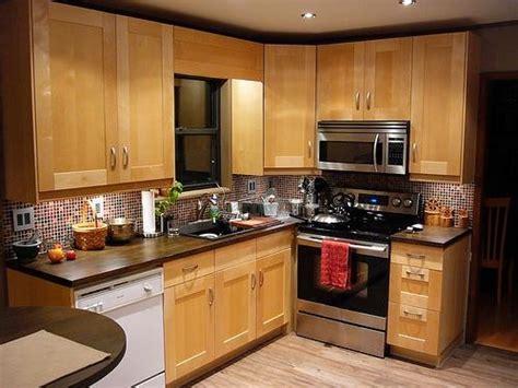 ikea maple kitchen cabinets 25 best ideas about birch cabinets on maple 4582